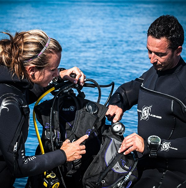 Go Pro - Careers in Diving | Dive HQ Westhaven
